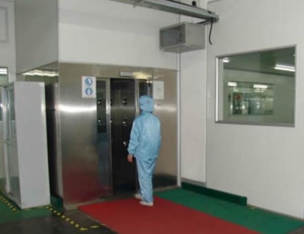 我司不锈钢风淋室、风淋通道为湖南六和通食品工业QS认证添砖加瓦