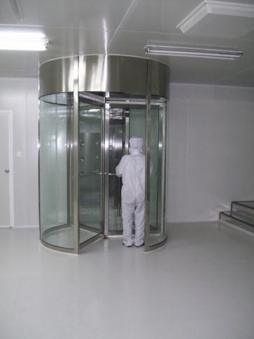风淋室怎么才能控制工作人员的微污染源
